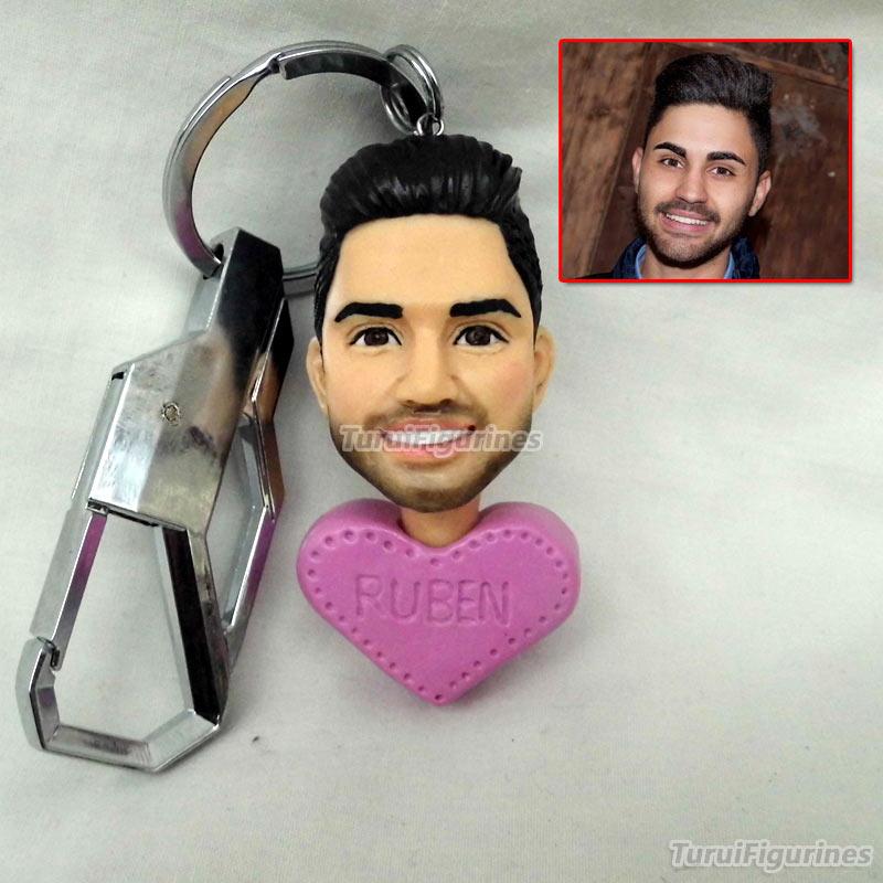 Cadeau pour petite amie fait à la main résine argile poupée scupture cadeau pour petit ami présente porte-clés cadeau de mariage jouets classiques