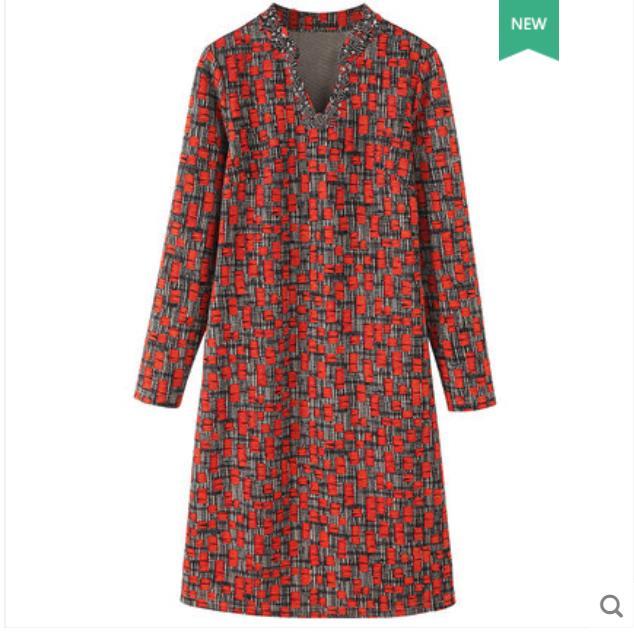 Large size women s dress 2018 autumn winter new fat mm V collar nail bead waist