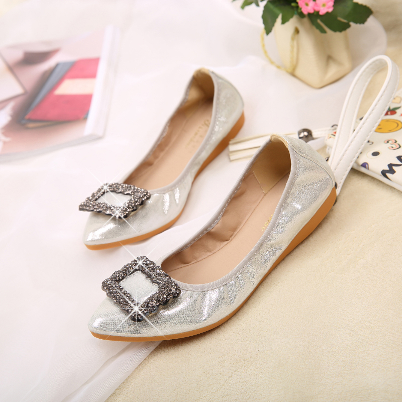 2018 Black Silver Golden Ladies Flat Shoes Fashion Rhinestone Sequin Cloth  Ballet Flats Fold Up Silver Dance Casual Shoes Woman-in Women s Flats from  Shoes ... 806a46912355