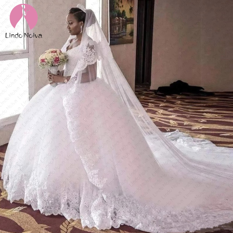 Robe De Mariee V Neck Lace Ball Gown Wedding Dress Chapel Train Abiti Da Sposa Wedding Gowns with Lace Appliques Trouwjurk