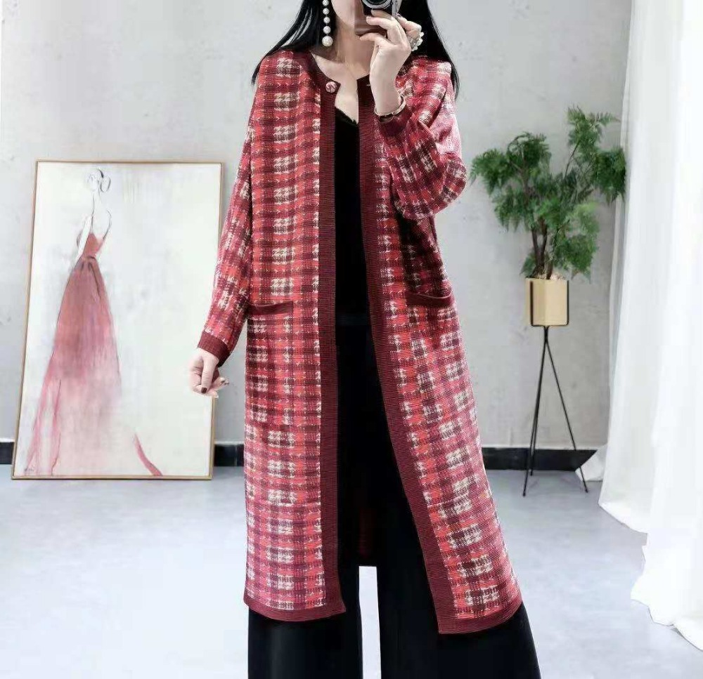 FREE SHIPPING Fold the new fishbone Plaid single button long sleeve   trench   coat IN STOCK