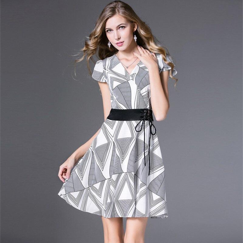 Motif géométrique imprimer robe 2018 été européenne et américaine femmes cordon col en v à manches courtes mode dames robes