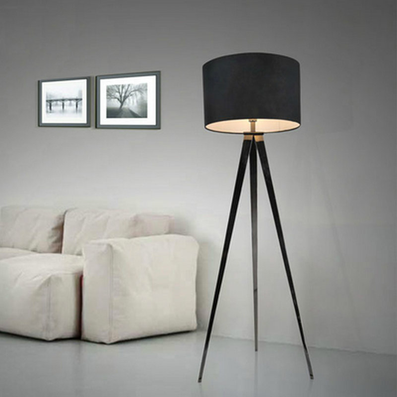 Floor lamp simple modern personality fashion creative living room bedroom study tripod floor lamp lighting french garden vertical floor lamp modern ceramic crystal lamp hotel room bedroom floor lamps dining lamp simple bedside lights