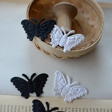 Black-white satin perspective crushed butterfly(China)