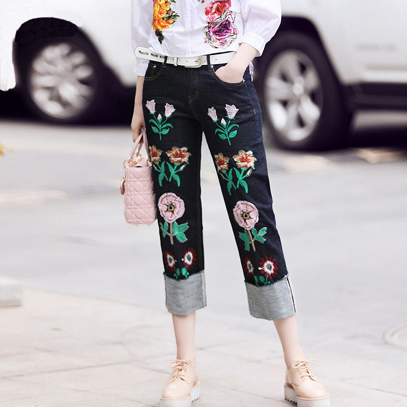 2017 New Spring Fashion Embroidery Flower Women Straight Jeans Folding Ankle-Length Pockets Female Denim Pants with White Belt ormell flower birds embroidery jeans female blue casual 3d pants capris 2017 spring summer pockets straight jeans women bottom