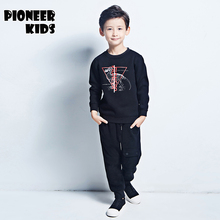 Pioneer Дети 2016 4-16Y детей устанавливает модная одежда Осень Хлопок мальчик Одежды Детей Устанавливает Пальто + Брюки 2 шт. Мальчиков спортивный костюм
