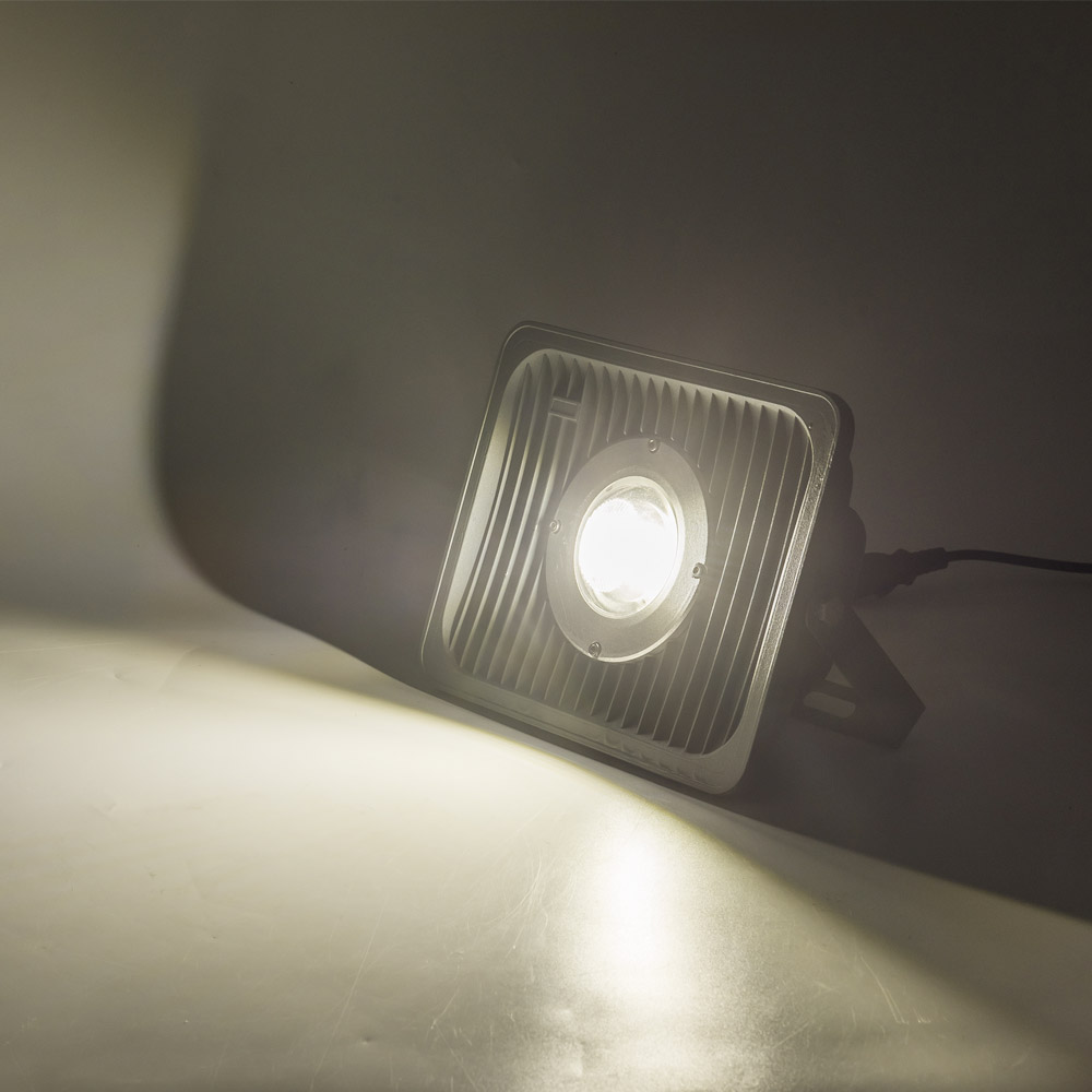 TONYBUNY Commercial outdoor 40W 50W 100 watt floodlight waterpoof led lighting