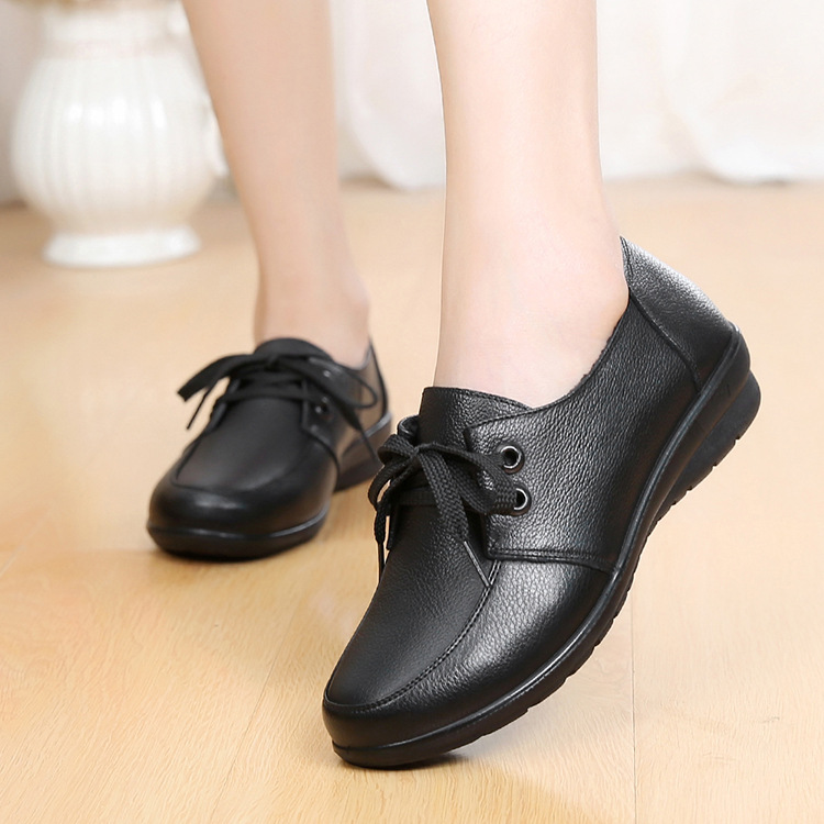 Image 2 - DONGNANFENG Women Old Female Ladies Mother Flats Shoes loafers Cow Genuine Leather Lace Up Non Slip Soft Casual 35 41 HD 226Womens Flats   -