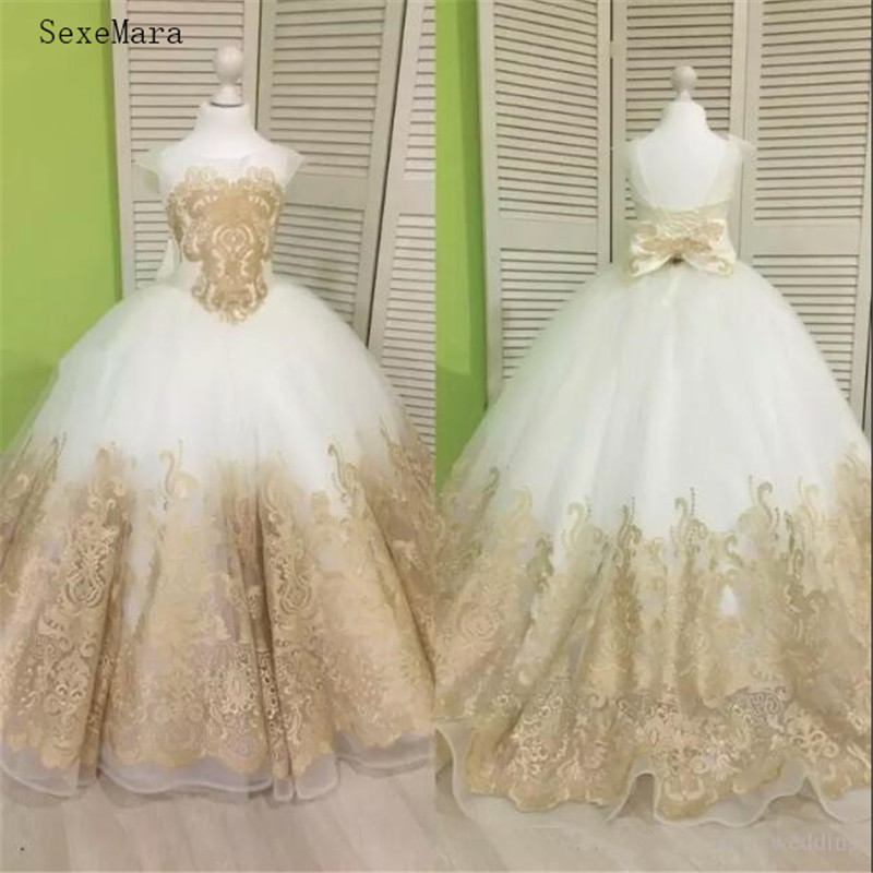 Lovely Children Christmas Ball Gown   Girls   Pageant Gown with Champagne Lace Appliques Bow   Flower     Girl     Dress   for Wedding Custom