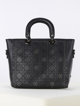Tote bag with studs-black