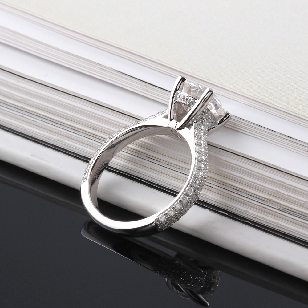 moissanite ring with accents (7)
