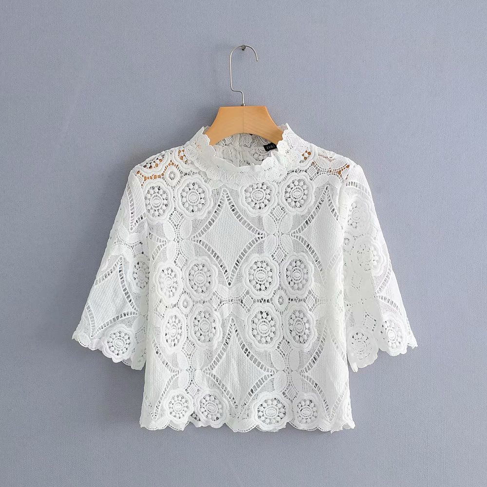 Women Sweet Lace Crochet Embroidery White Blouse Shirts Women Short Sleeve Hollow Out Blusas Casual Spliced Chemise Tops LS3348