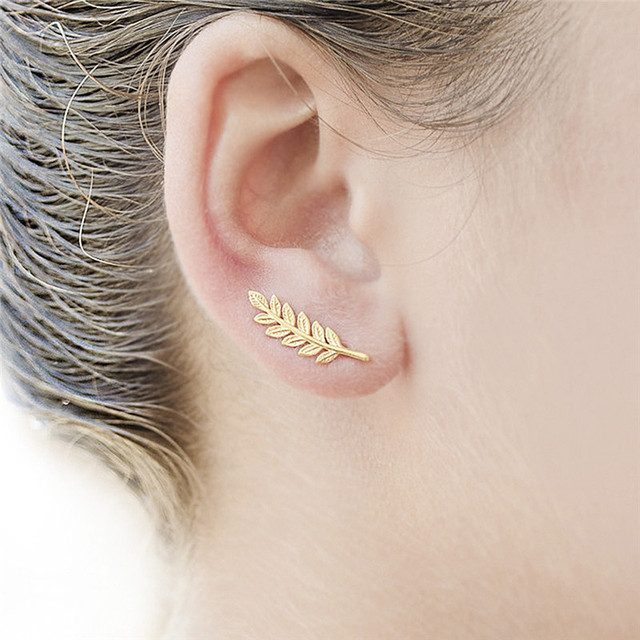 Exquisite Design Tree Leaf Stud Earrings Simple Style Gold Alloy Fashion Jewelry For Women U Shape