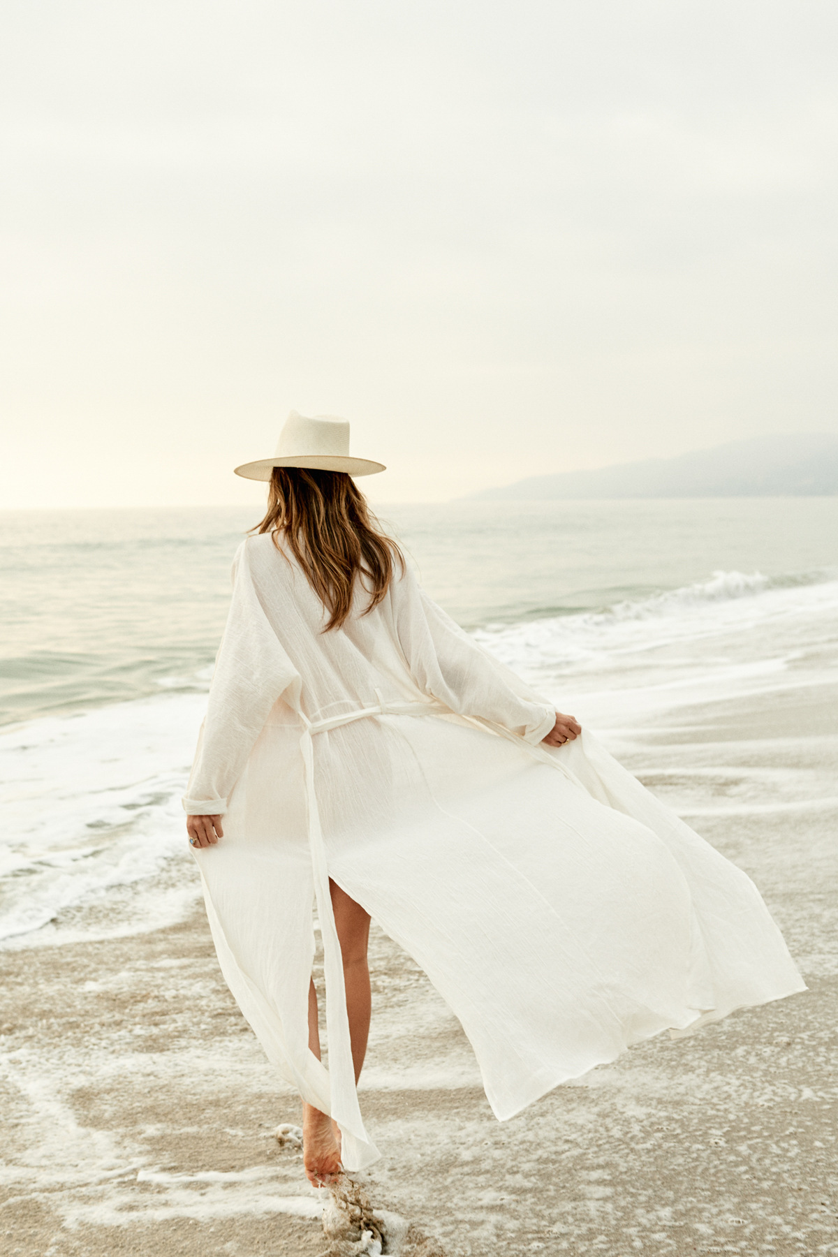 2bee7b5d8bd Maxi Dresses For Women Beach Wear Dresses Summer 2019 White Dress Long  Sleeve Boho Clothing Ladies Belt Saida De Praia Frocks
