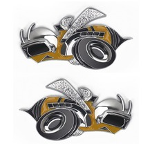 цена на 3D Car Sticker Bee Bumblebee Emblem Badge Auto Decal Stickers for Dodge Jeep Grand Cherokee Compass Wrangler Accessories