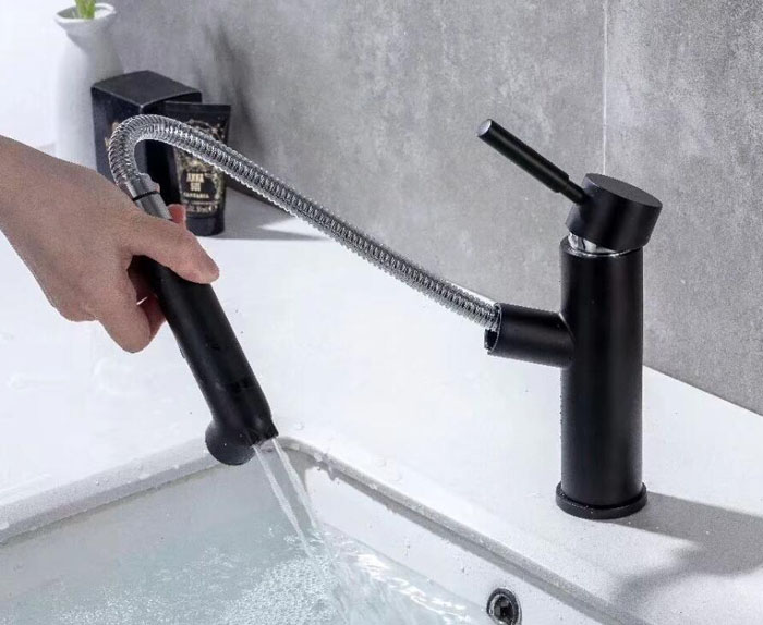 Matt Black Round Style Basin Water Tap Brass Bathroom Faucet Single Hole Deck Mount Water Mixer with bidet sprayer BL609