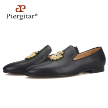 Piergitar New Cow leather men loafers with gold luxurious India embroidery party and wedding mens dress shoes smoking slippers