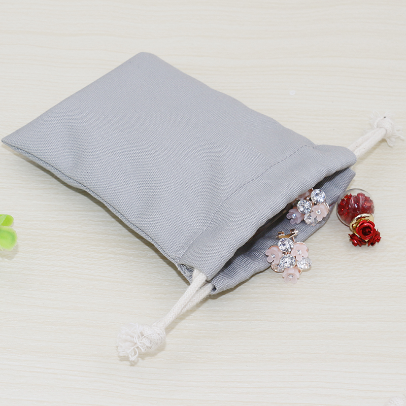Купить с кэшбэком 20pcs/lot 5 Colors Cotton Canvas Pouch Wholesale Custom Logo Printed Small Drawstring Gift Bags Packing Bags Jewellery Pouches