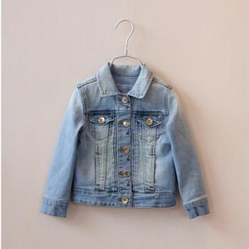 ca6e947dde8e ... Y 30465857 venta al por menor nuevo 2015 primavera bebé niña chaqueta  de mezclilla cuello vuelto sólido niños prendas de vestir exteriores niños  abrigo ...