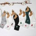 2017 Носки Женщины Новая Зимняя Чистый Цвет Японский Вышивка Хлопок женские Носки Тенденция женские Носки Высокого Качества Гетры