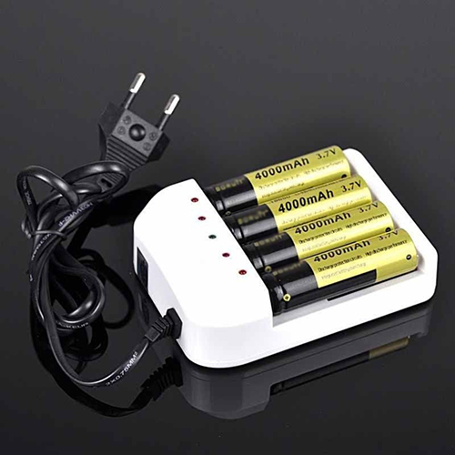 Universal 4 Ports Battery Charger EU Plug for 18650 26650 AA AAA Batteries