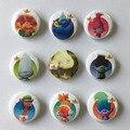 New Arrival Hot 9 pcs Trolls Emblemas Botões Pinos Emblemas Rodada Sacos de moda peças de acessórios Do Partido crianças Presentes