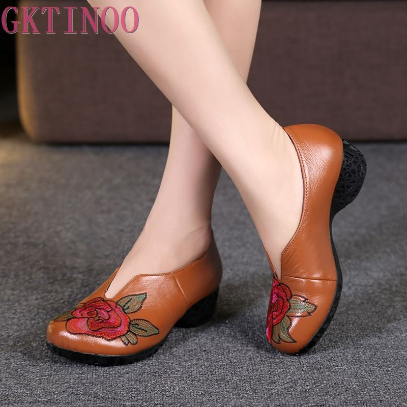 Ethnic Style Genuine Leather women pumps thick heels Embroider shoes for women Female Soft Autumn Handmade office Shoes