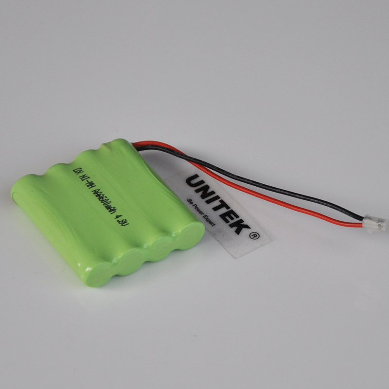1 4PCS 4.8V AAA rechargeable Ni Mh battery pack 600mah 3A