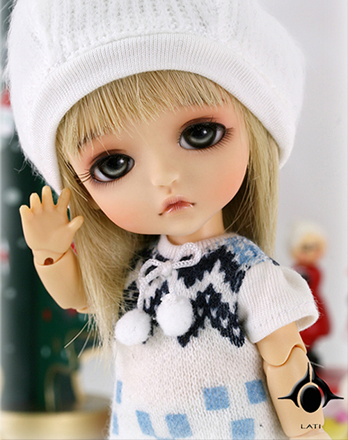 1/8 scale BJD about 15cm pop BJD/SD lovely kid Lea Resin figure doll DIY Model Toy gift.Not included Clothes,shoes,wig