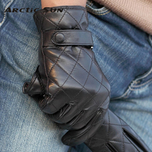 Black Men Touchscreen Leather Gloves Diamond Lattice Winter Warm Sheepskin Driving Glove High Quality Five Finger M020NC2