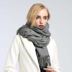 Image 5 - Sciarpe delle donne di alto modo 2018 solido verde viola scialli e involucri della sciarpa poncho mantelle hijab delle donne del cotone caldo di lana sciarpa