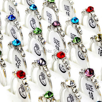 e4f508b855a5 Venta al por mayor 20 unids lote colorido cristal anillos de plata joyería  de plata Multicolor de cristal de diamantes de imitación anillo de boda  mezclar ...