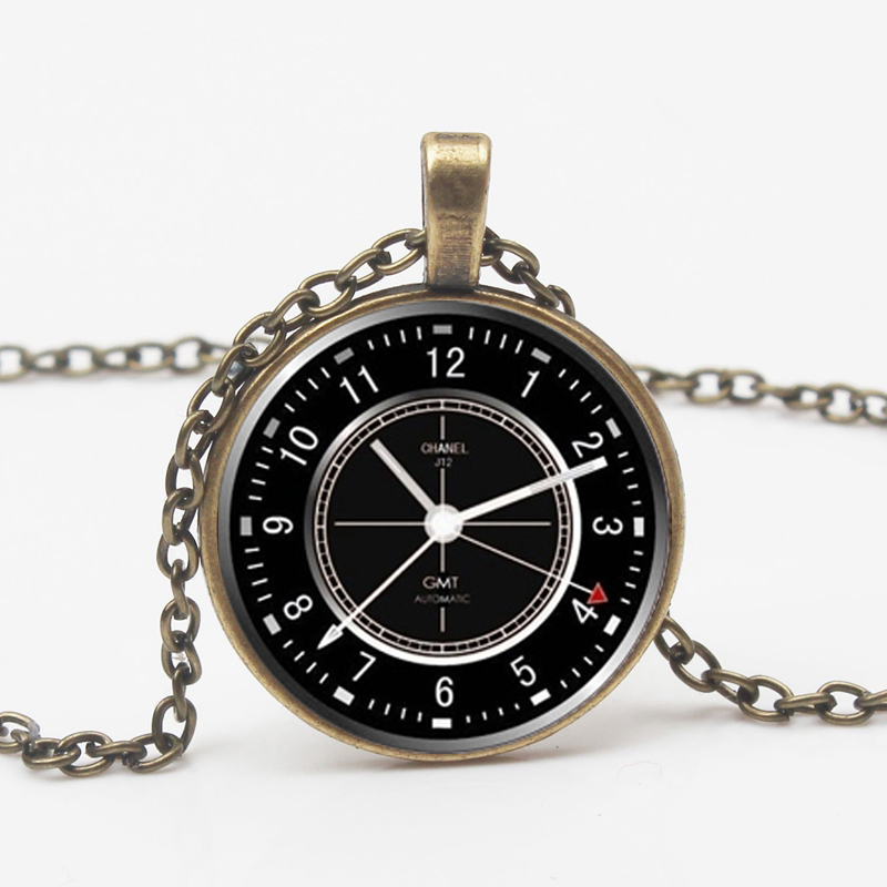 Fashion Wrought Iron Clock Glass Necklace Charm Wall Clock Necklace Time Gift Retro Time Private Custom Friend Gift Souvenir Toy