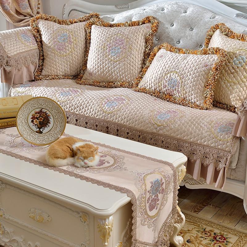 Luxury European sofa mat living room four seasons common water soluble lace cloth non-slip luxury custom sofa towel cover
