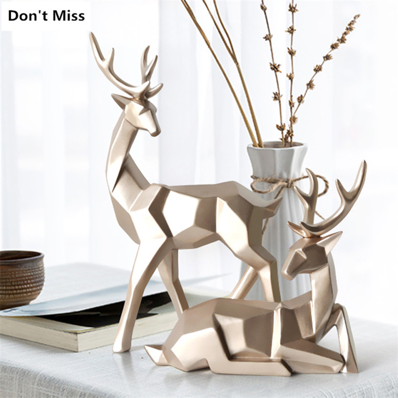Wedding Gift A Couple of Deer Statues for Decoration Home Garden Sculptures Modern Craft Animal Statue Resin Figurines Heykel