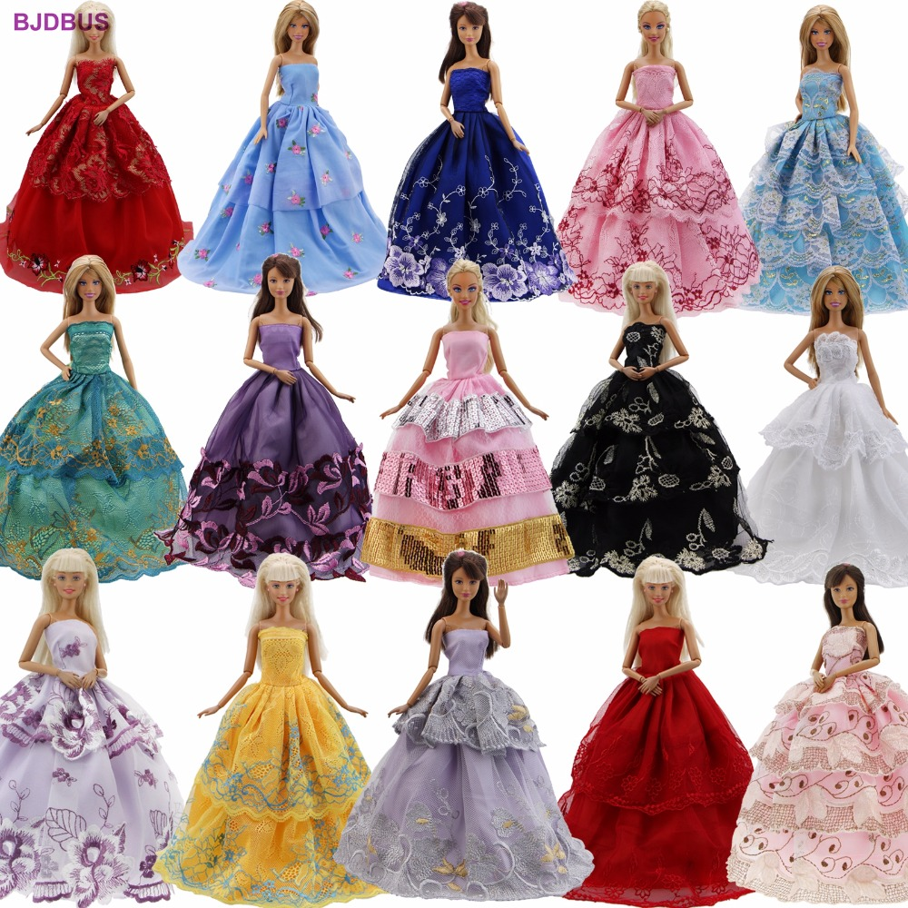לוט 15 יח '= 10 זוגות נעליים & 5 שמלות כלה שמלת כלה נסיכה תלבושת חמוד בגדים עבור בנות בובה בארבי מתנה מבחר אקראי