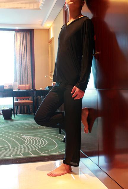 Gasa masculina transparente sexy top pantalones casuales cómodo en servicio a domicilio ropa de dormir pantalones de pijama conjunto