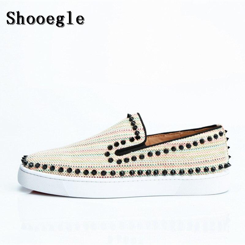 Sapatos de Lona Homens de Impressão Shooegle Homens Rebite Plana Slip-on Sneakers Espiga Sapatos Baixos Top Runway Chaussures Hommes Tamanho Grande Eu38-eu47
