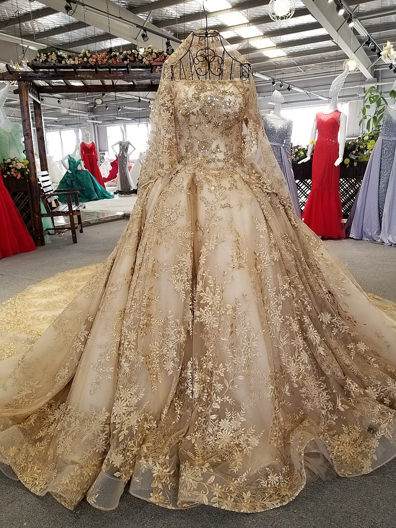 SSYFashion New High end Gold Wedding Dress Luxury Dubai Vintage Lace Embroidery Beading Court Train Bride