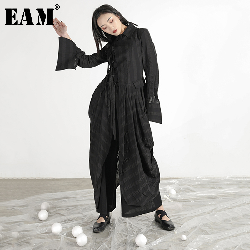 [EAM] 2019 New Autumn Winter Lapel Long Sleeve Black Fold Bandage Pleated Stitch Windbreaker Women Trench Fashion Tide JR342