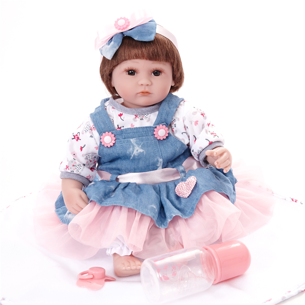 45 CM Reborn bébé Silicone vinyle tissu corps poupées Action Figure jouets belle bébé cadeau enfants jouets Reborn poupée vache fille poupée cadeaux