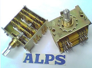 2PCS/LOT ALPS Alps rotating band switch 4, 8 axis long 20MM [bella]genuine imported from japan alps encoder em20b4014a01 40 4 stepping with light switch 1pcs lot