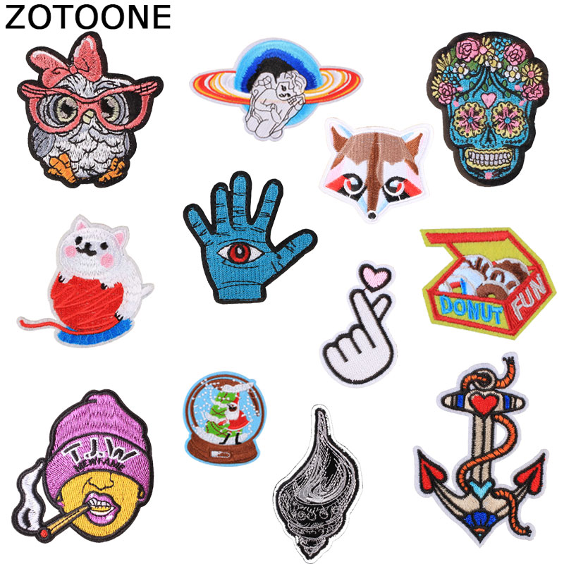 ZOTOONE Planet Animal Fox Patches Diy Stickers Iron on Clothes Heat Transfer Applique Embroidered Applications Cloth Fabric G