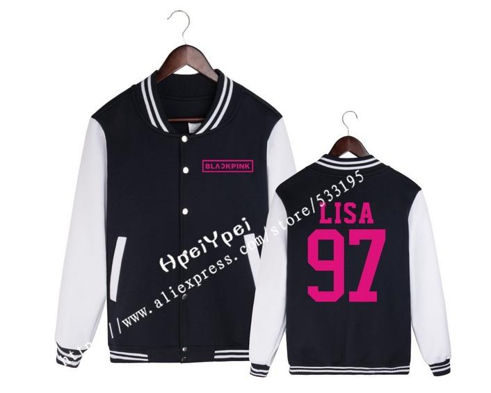 LISA BLACKPINK who surrounding JENNIE PiaoCaiYing ROSE Jin Zhi show with fleece baseball uniform