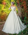 Dreagel New Ariival Romantic Lace Boat Neck Ball Gown Satin Wedding Dress 2017 Delicate Beaded Sashes Vestido de Noiva Plus Size