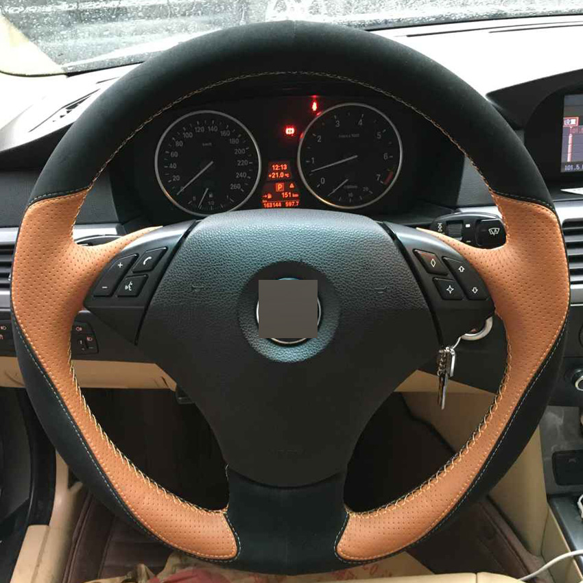 Bricolage cousu Main Couvre-volant Orange En Cuir Daim Noir pour BMW E60 E61 520i 520li 523 523 523li 525 525i 530 530i 535
