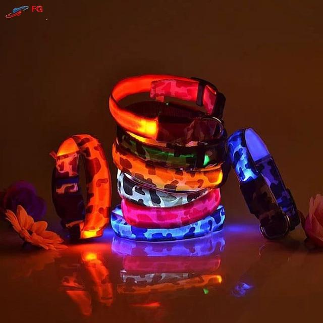 2.5 cm di Larghezza 4 Taglie di Cane LED Collare di Nylon Camouflage Notte di Si