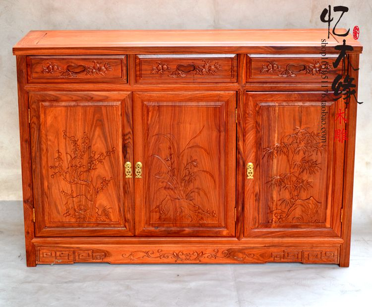 Rosewood furniture, solid wood, antique Chinese rosewood, triple cabinet, three Doumen hall, cabinet, partition, sideboard antique solid oak small sideboard base
