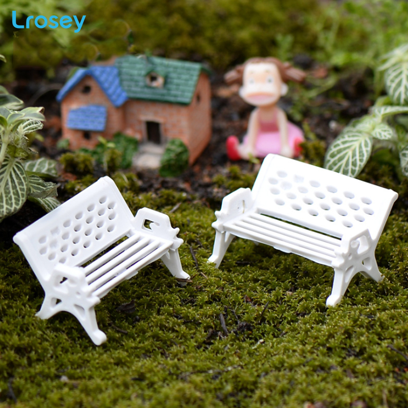 White bench park chair micro landscape ecological bottle accessories decorative material small ornaments Figurines Miniatures