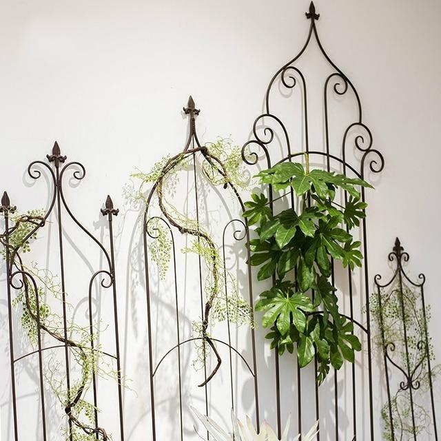 Vintage fer décoratif fleur jardin balcon clôture pergola style ...